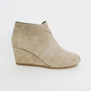 Toms Tan Suede Lace Up Booties Size 6